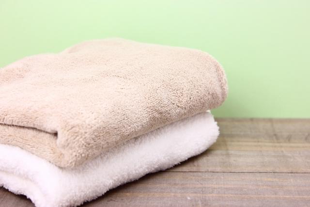 気になるバスタオルの臭い!乾燥機にかける以外に方法は?