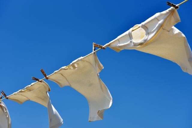 汗をかいたら服を乾かすだけ?臭い対策をしっかりと!