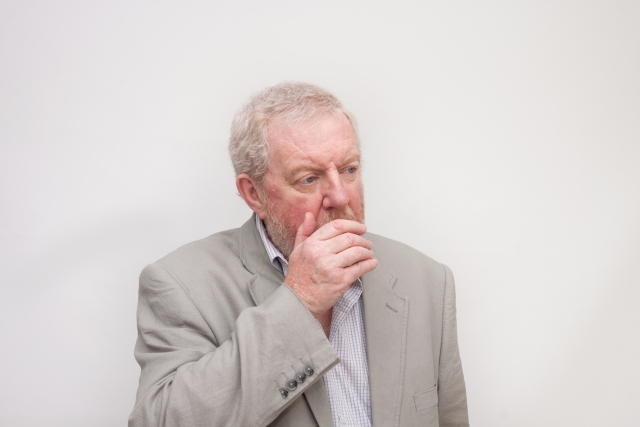 口臭の元!舌苔が多い原因とは?舌苔をなくす方法はある?