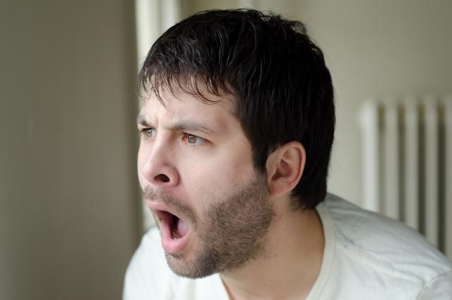 髭剃りの疑問「電動カミソリは髭が濃くなる」って本当!?