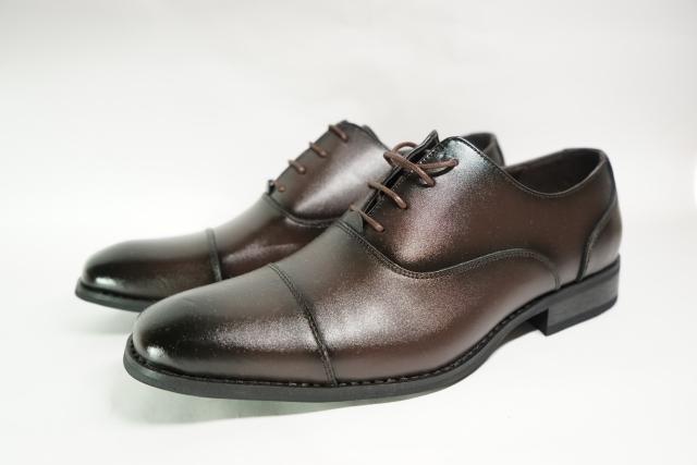 足の臭いの原因は「靴」と「靴下」だった!?その原因と対策