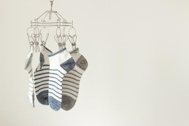 臭い靴下をどうにかしたい!効果的な洗濯方法やその対策は?
