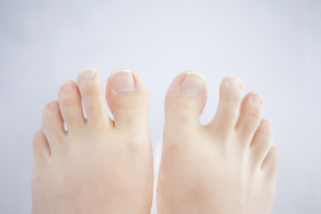 足の臭いの原因は雑菌の繁殖だけではない!原因は爪かも!?
