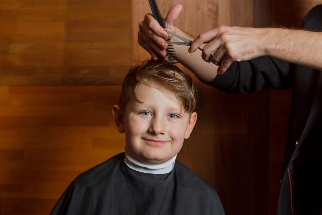 前髪を切りすぎた!早く伸ばすために結ぶのは逆効果!