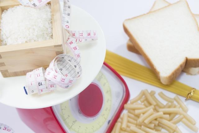 炭水化物を制限するメニューが増えている!糖質との違いは?