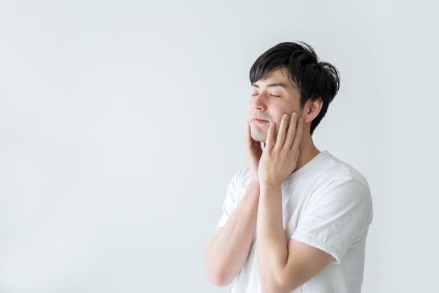 男性の乾燥肌にパックは有効?ヒリヒリしているときの対処法