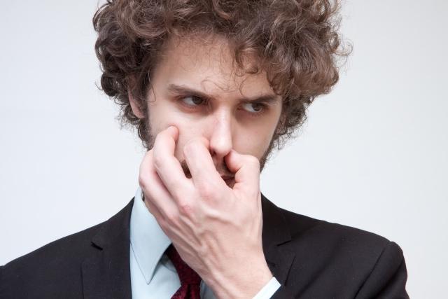 どうにかしたい鼻の毛穴の黒い角栓!どうすれば除去できる?