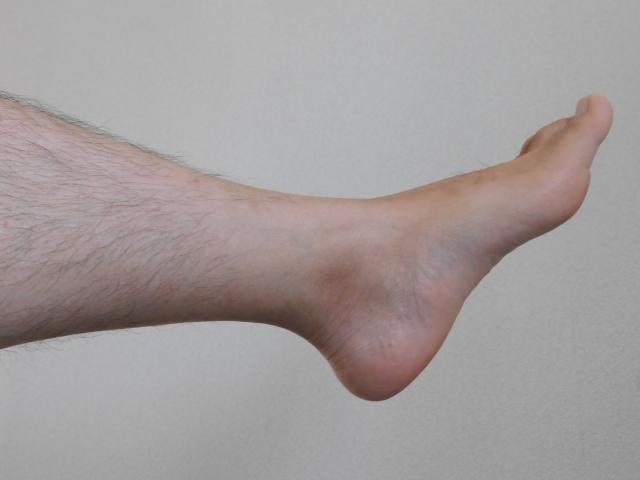 気になる黒ずみにスクラブが良い?足の毛穴を綺麗する方法!