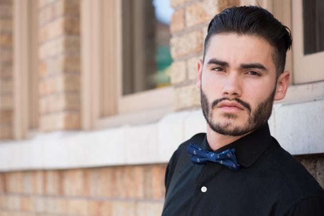 なぜ髭を剃ると濃くなるの?その原因や真相&対策をご紹介!