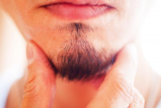 髭の基本的な整え方は?男性の髭は全体のバランスが大切!
