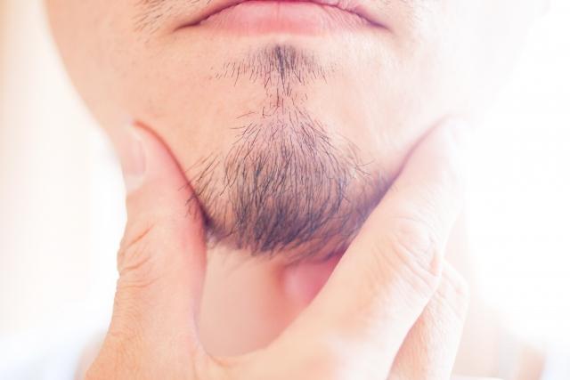 髭の毛穴に黒ずみが!これは何?そのメカニズムを徹底解析!