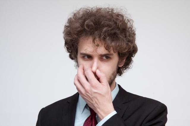鼻毛ワックス脱毛でスッキリしよう!痛みを軽減するコツは?