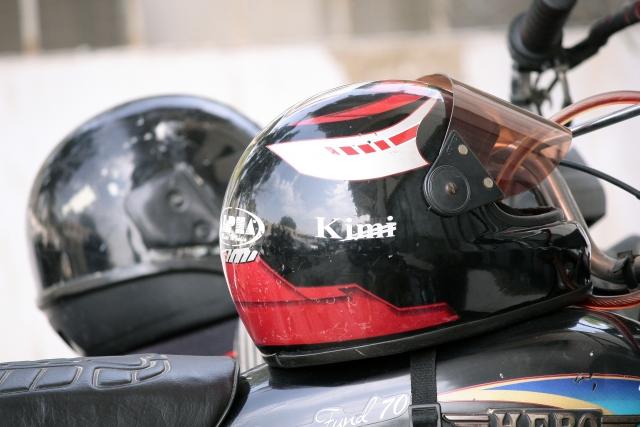 ヘルメットの蒸れ防止対策をしよう!バイクでハゲないために
