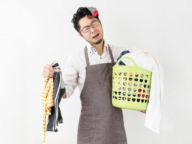 汗臭い服の「取れない臭いを取る方法」予防から洗濯まで