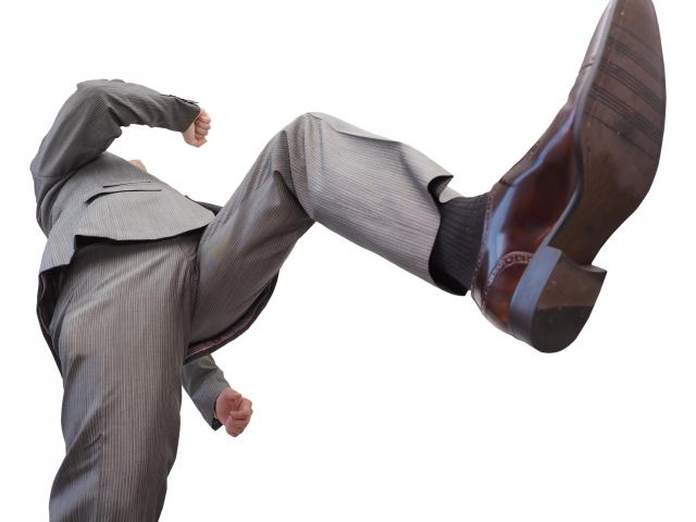 足の臭い問題を重曹で根こそぎ解決!靴の悪臭対策でスッキリ