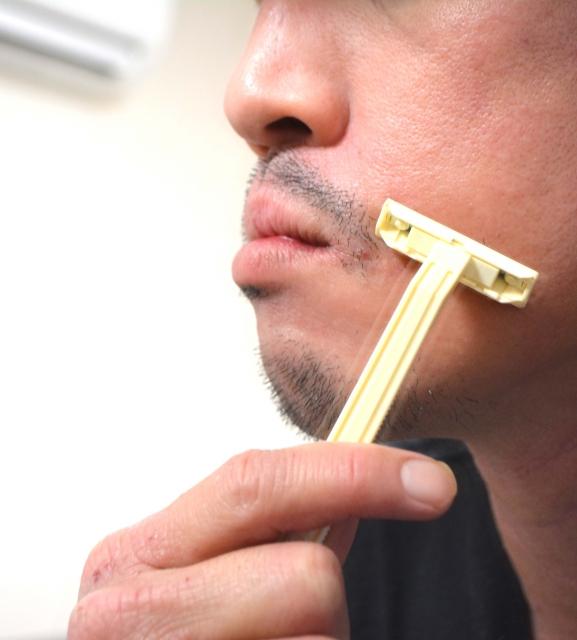 髭剃りのオイルに代用できるものは?便利なオイルを知ろう!