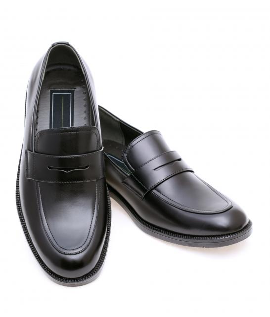 何をやってもクサイ!「足の臭い対策」まずは靴を見直そう!