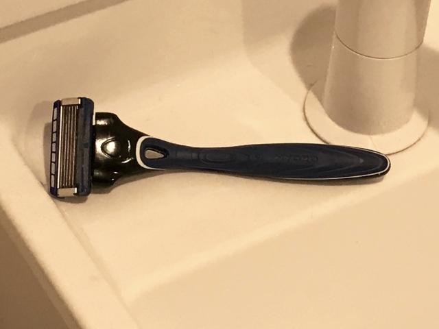 毎日の髭剃りに使いたいおすすめの替刃式カミソリ!シック編