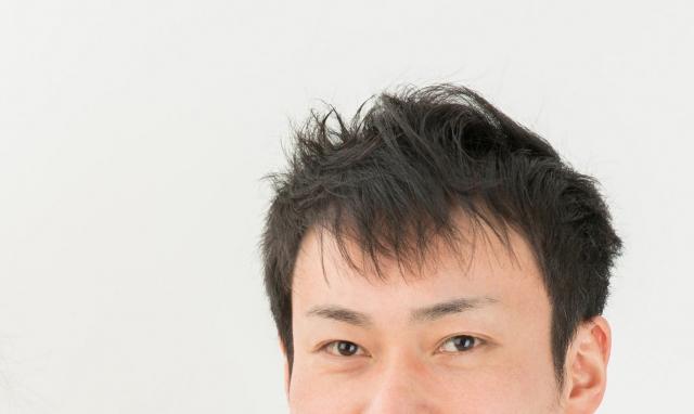前髪はどうすればいい?おでこ狭い悩みは切り方で解決する?