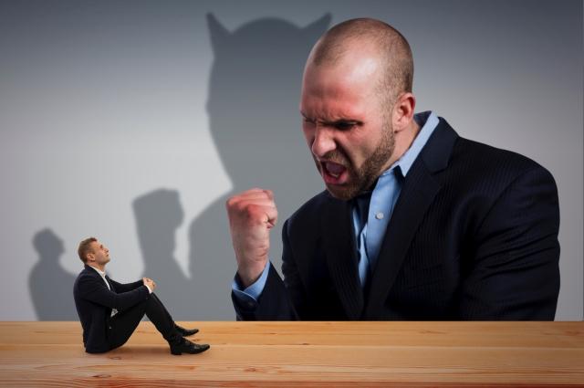 ストレスのもとになる!威圧的&嫌な上司の効果的な対処法