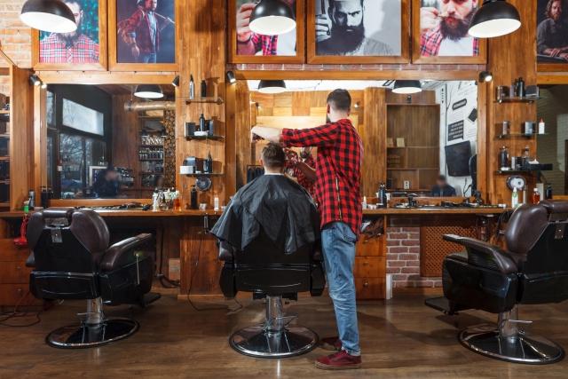髪の毛を美容院でカットするとどのくらいの時間がかかる?