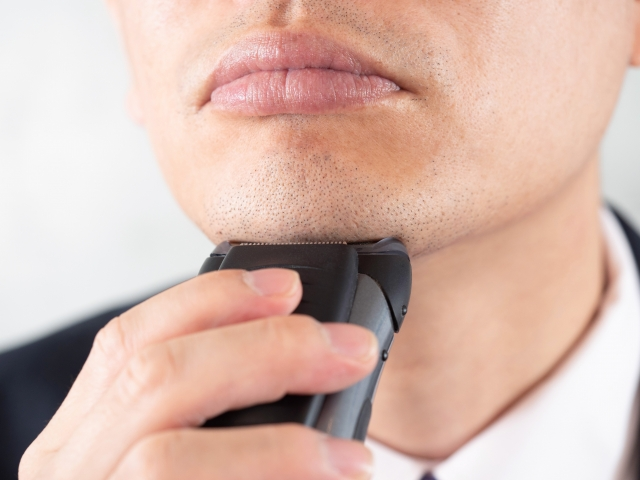 髭の剃り残しをなくす方法は?なぜ髭を剃り残してしまうの?